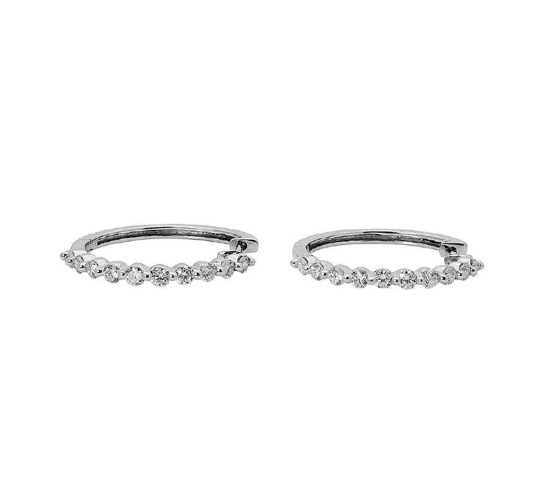 14k Gold 1.00 TCW Shared Prong Diamond Hoop Earrings - 4