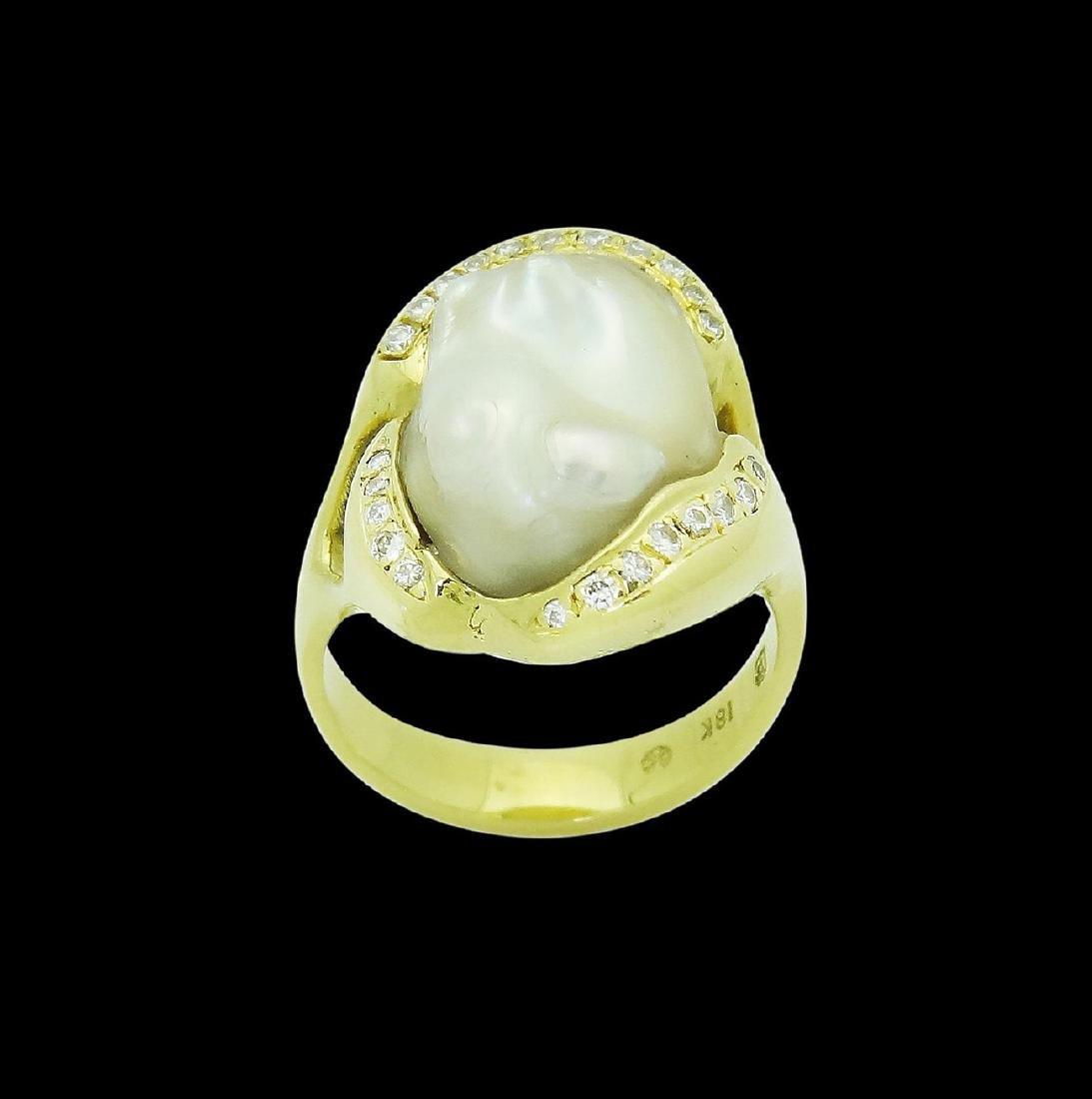 Designer 18k Gold Keshi Pearl 0.20 Carats VS F Ring