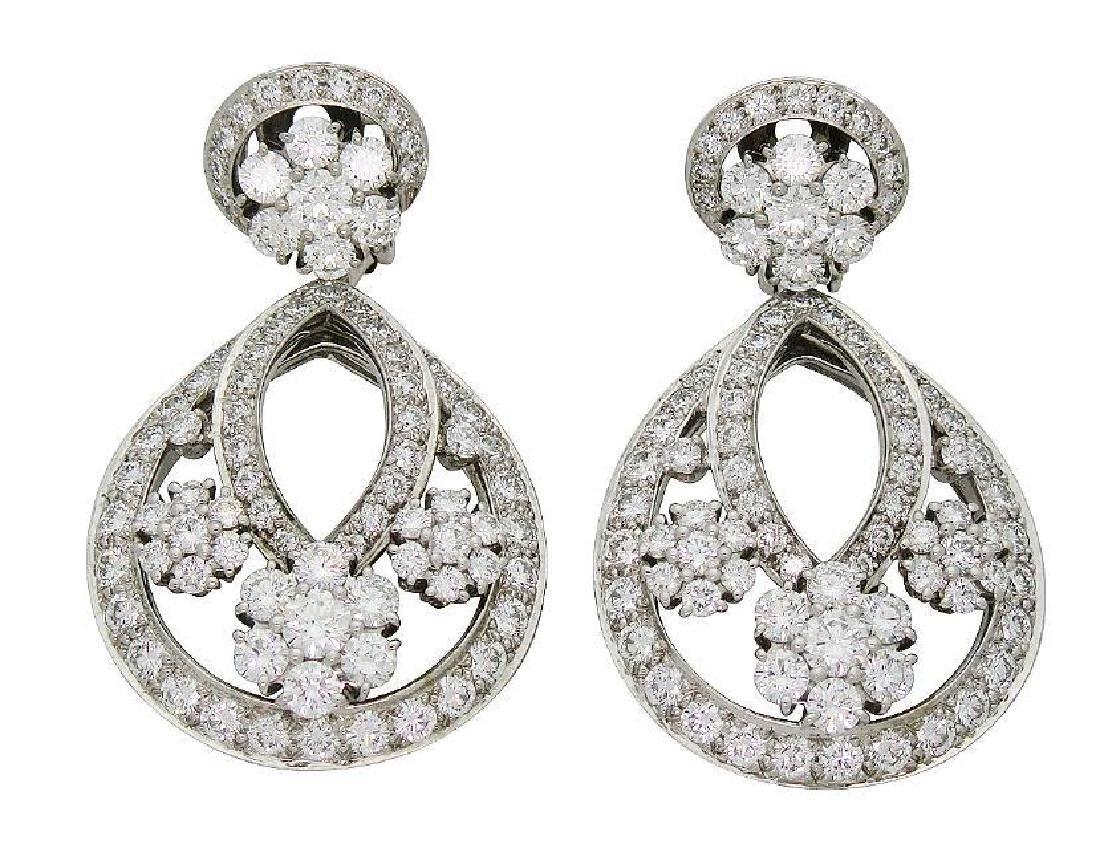 Van Cleef & Arpel Snowflake Diamond Lg Clip-On Earrings