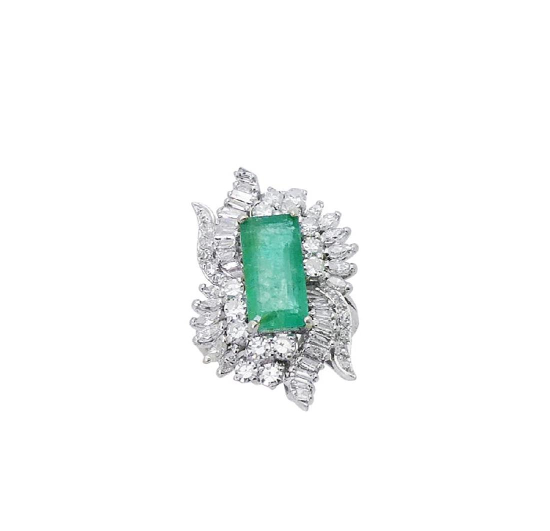 Estate 14k White Gold 3.50 TCW Diamond & Emerald Ring
