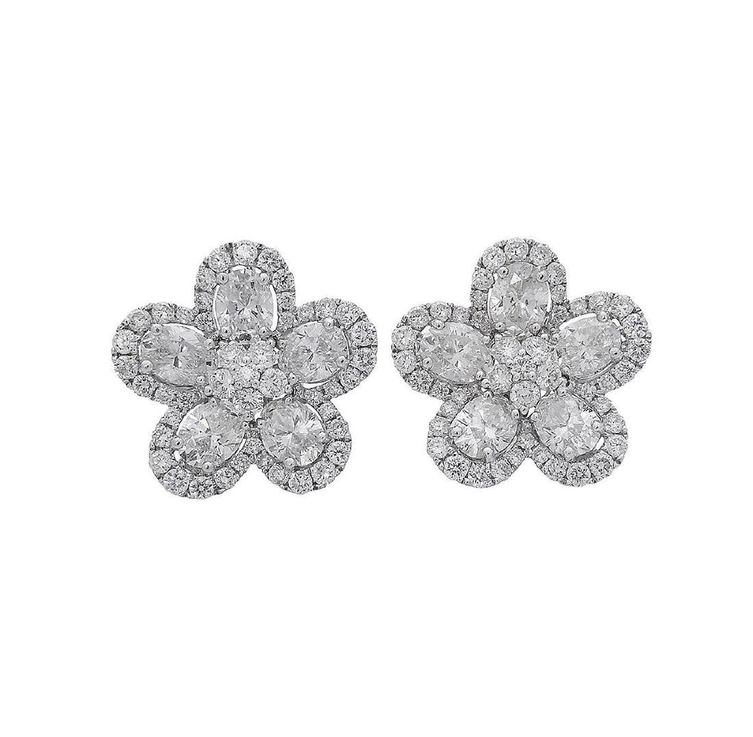 18k  8.00 TCW Brilliant Diamond Set Earring Necklace - 4