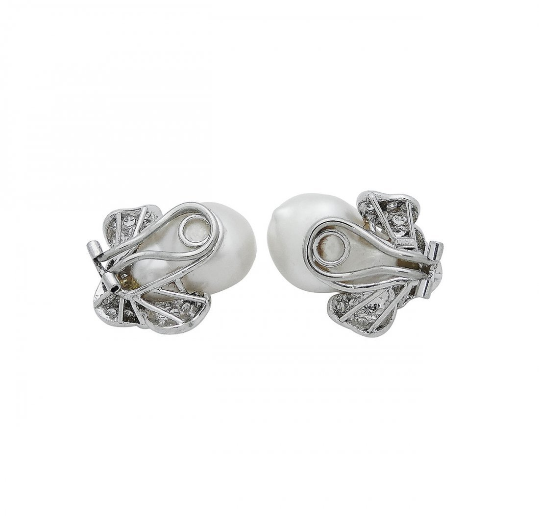 Harry Winston PT 3.50 TCW Diamond & Pearl Clip Earring - 4