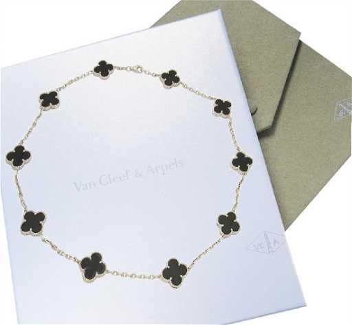 48d4ef34f51e3 Van Cleef   Arpels 18K White Gold Black Onyx Alhambra