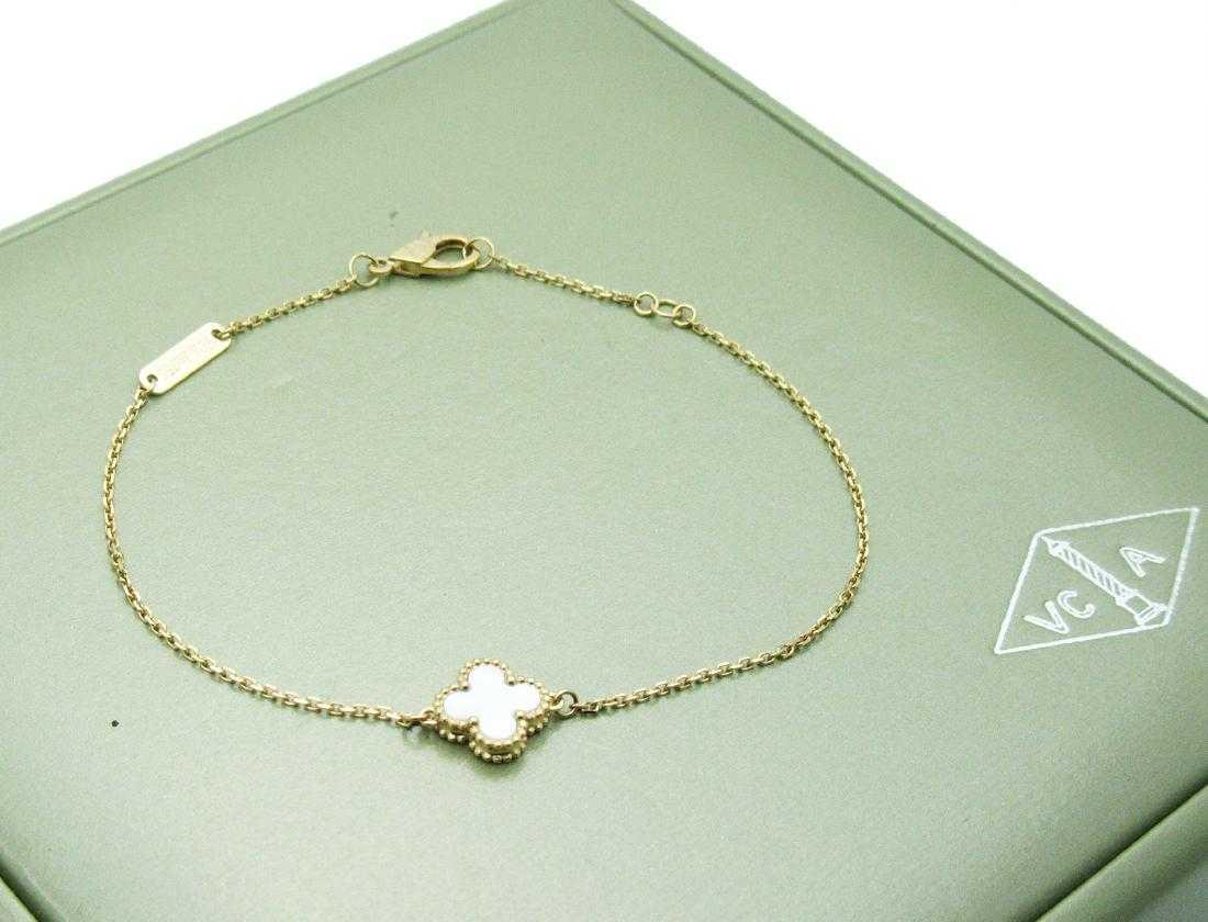 4651d2665fece Van Cleef   Arpels Sweet Alhambra bracelet