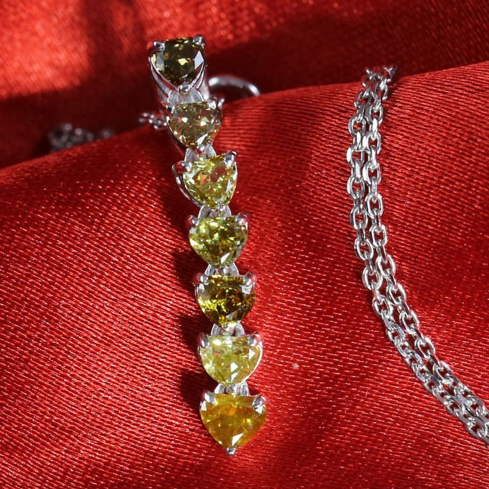 14 K White gold Designer Diamond Pendant Necklace