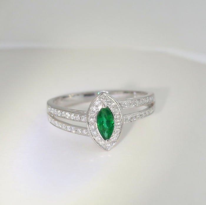 18 K Emerald and Diamond Ring