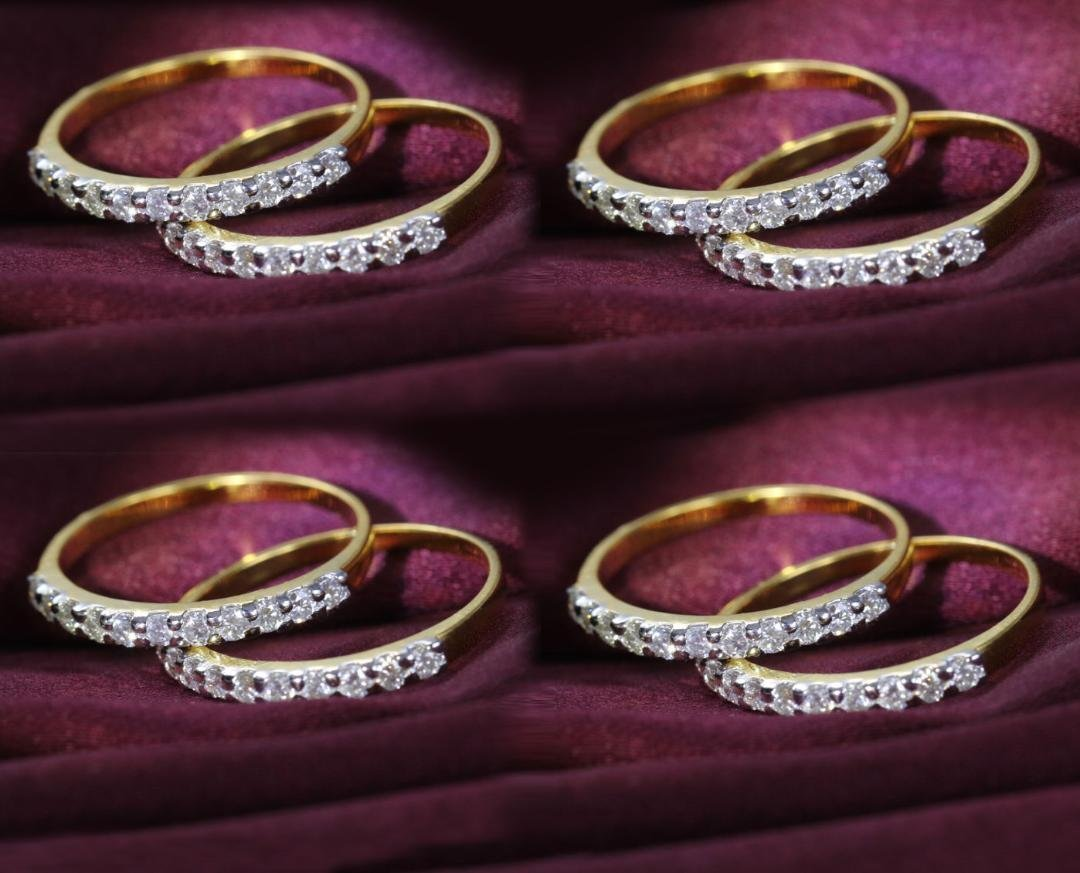 14 K Yellow Gold Set of 8 Diamond Rings stackable