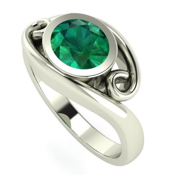 14 K White Gold Emerald Ring