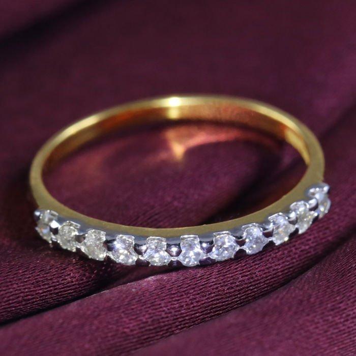 14 K Yellow Gold Diamond Band Ring