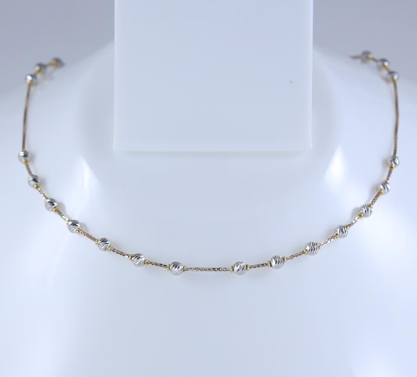 18 K /750 Hallmarked Rose and White Gold Chain Necklace