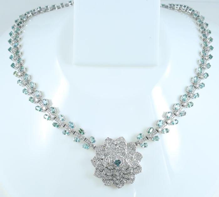 IGI 22.59 ct. Alexandrite & 14.52 ct. Diamond Necklace
