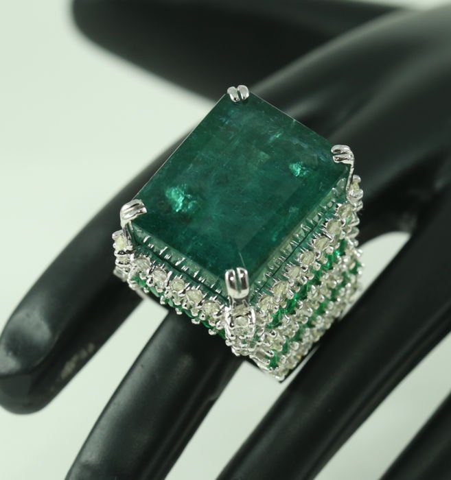 IGI Certified Designer Large Emerald and Diamond Ring