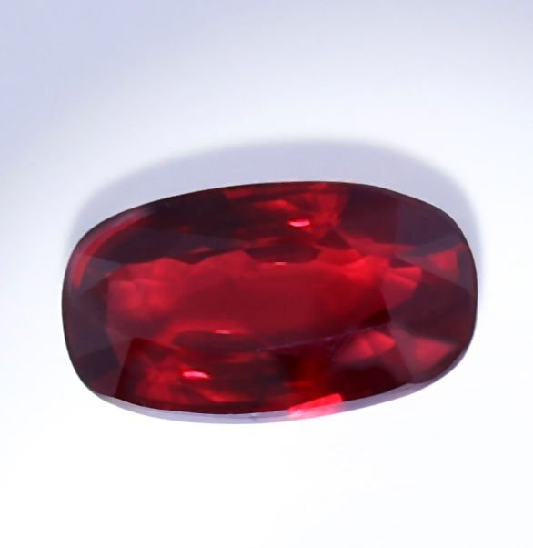 LOTUS Cert. 2.28ct. Untreated Royal Red Ruby MOZAMBIQUE