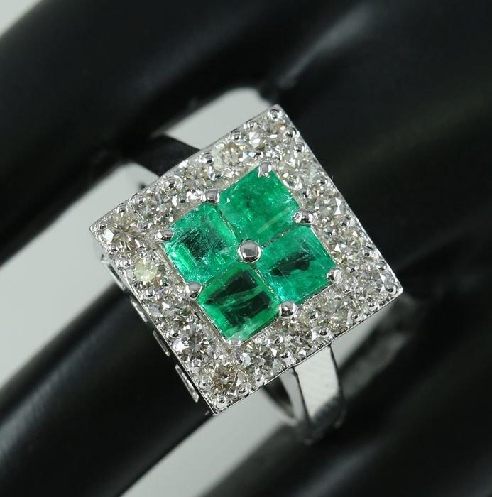 14 K White Gold IGI Certified Emerald & Diamond Ring