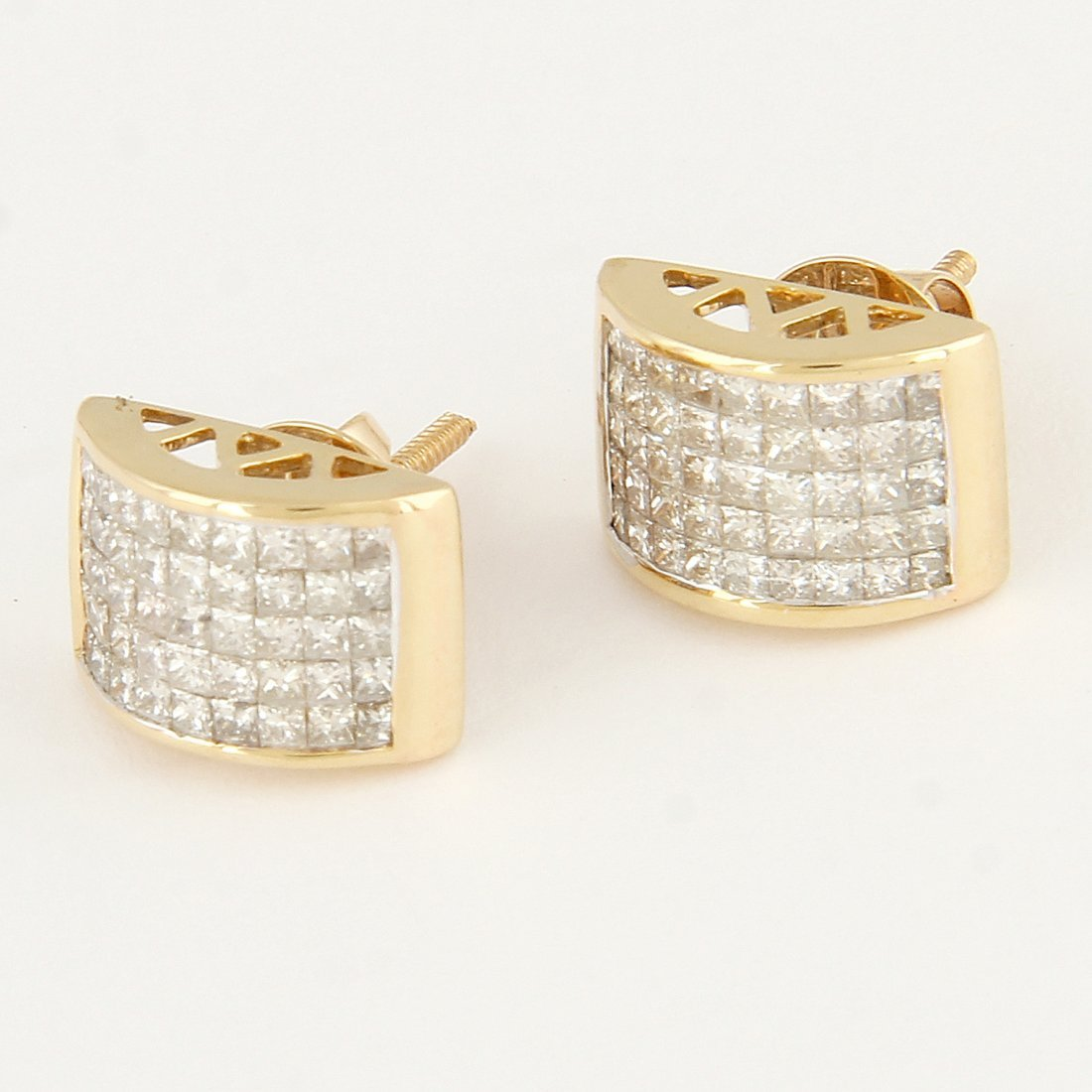14 K / 585 Yellow Gold Diamond Earring Studs