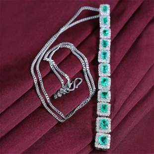 14 K / 585 White Gold Emerald Diamond Pendant Necklace