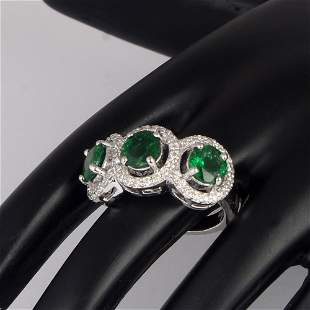 14 K / 585 White Gold Tsavorite & Diamond Ring
