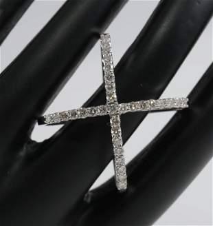 14 K / 585 White Gold Crisscross Diamond Ring