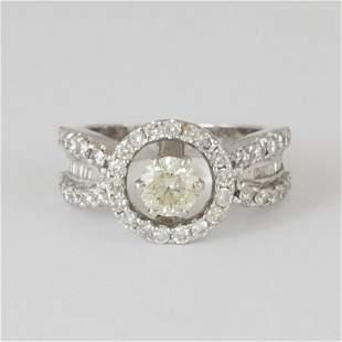 14 K / 585 White Gold Designer Diamond Ring