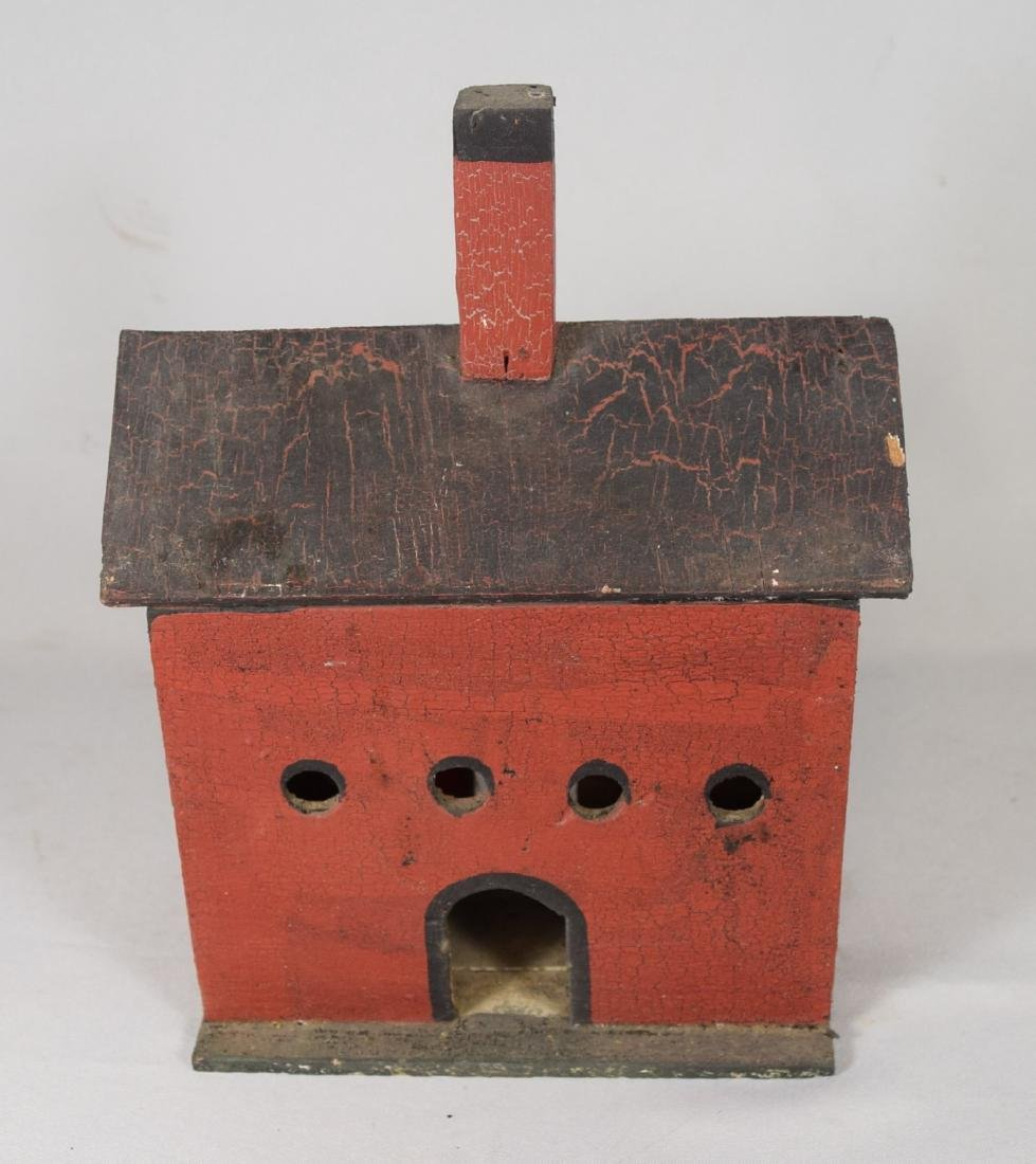 FOLK ART PRIMITIVE WOODEN BIRD HOUSE: