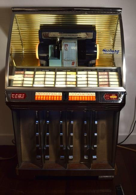 1954 SEEBURG MODEL R SELECT O MATIC HI FI JUKE BOX
