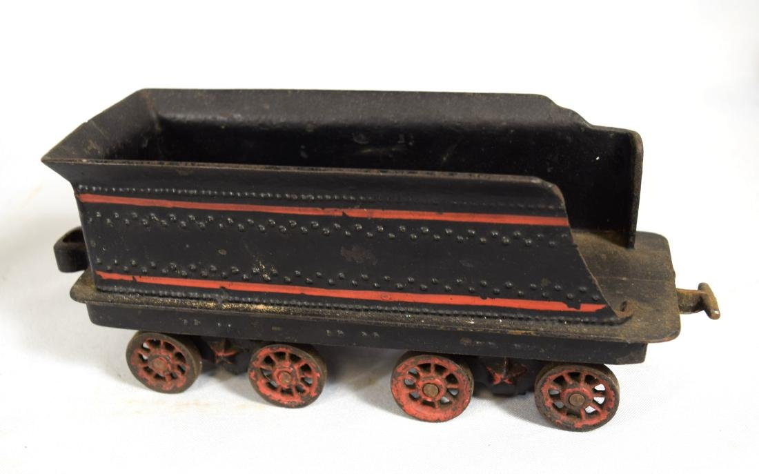 WILKINS CAST IRON FLOOR TRAIN: - 9