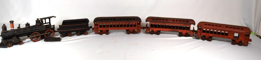WILKINS CAST IRON FLOOR TRAIN: