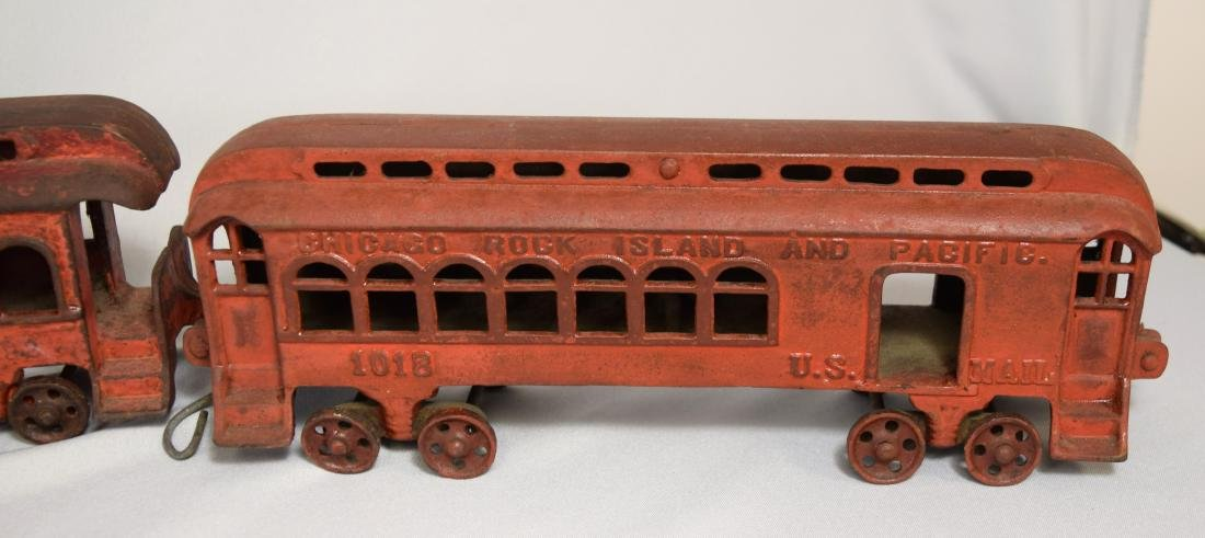 WILKINS CAST IRON FLOOR TRAIN: - 3