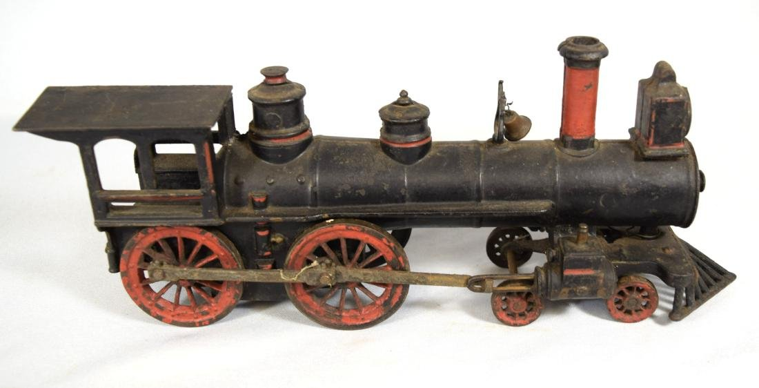 WILKINS CAST IRON FLOOR TRAIN: - 7