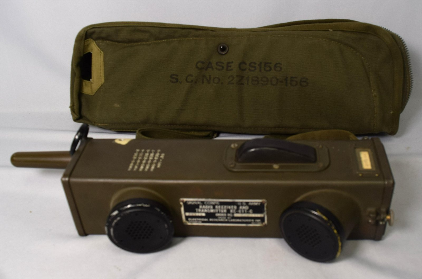 WWII US ARMY SIGNAL CORPS RADIO RECEIVER & TRANSMITTER: