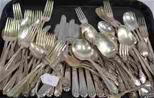 96 MISC. AMERICAN STERLING SILVER FLATWARE PIECES.