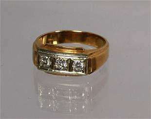 MAN'S THREE DIAMOND & 14K GOLD RING