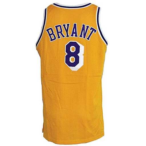 b8280dfb58f 14  98-99 Kobe Bryant LA Lakers Game-Used Jersey