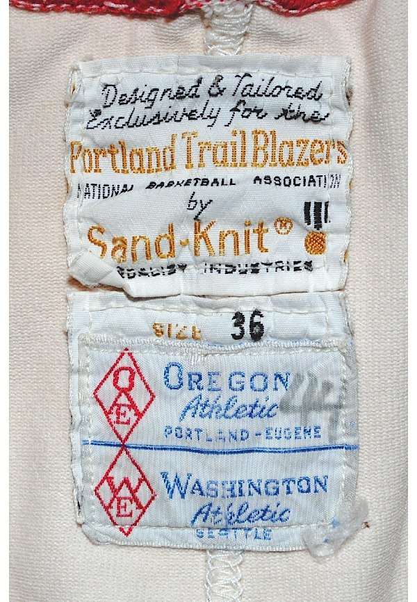 75: 1974-75 Bill Walton Rookie Portland Trailblazers Ga - 9