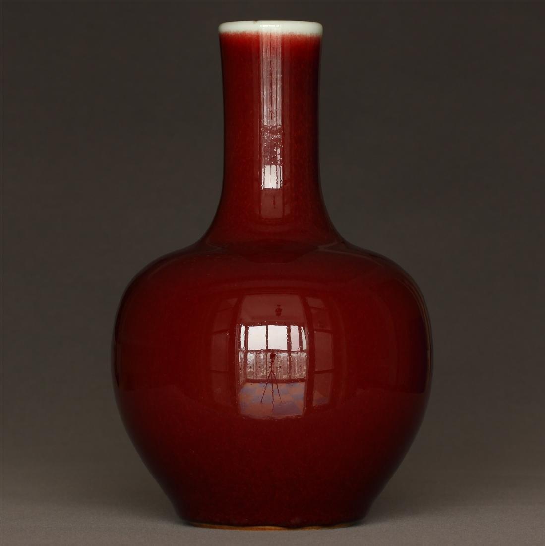 Red glaze porcelain vase of Qing Dynasty KangXi mark. - 3