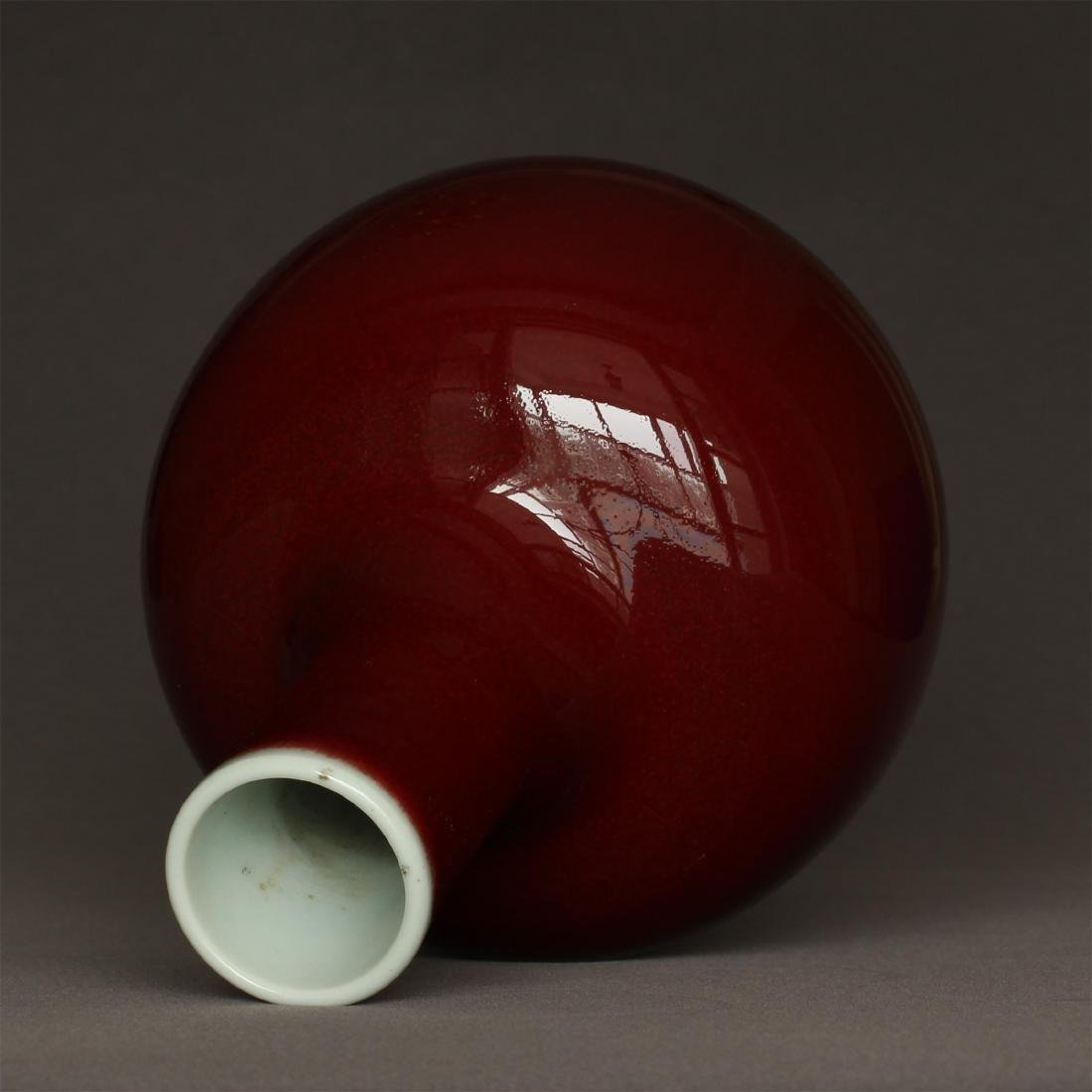 Red glaze porcelain vase of Qing Dynasty KangXi mark. - 8