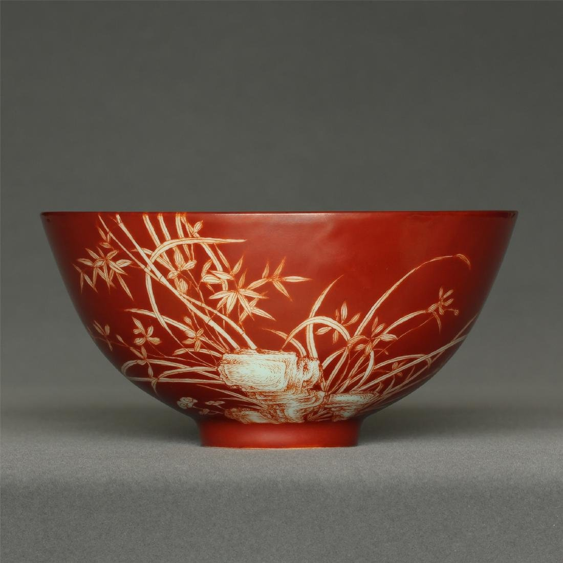 Red color porcelain bowl of Qing Dynasty YongZheng