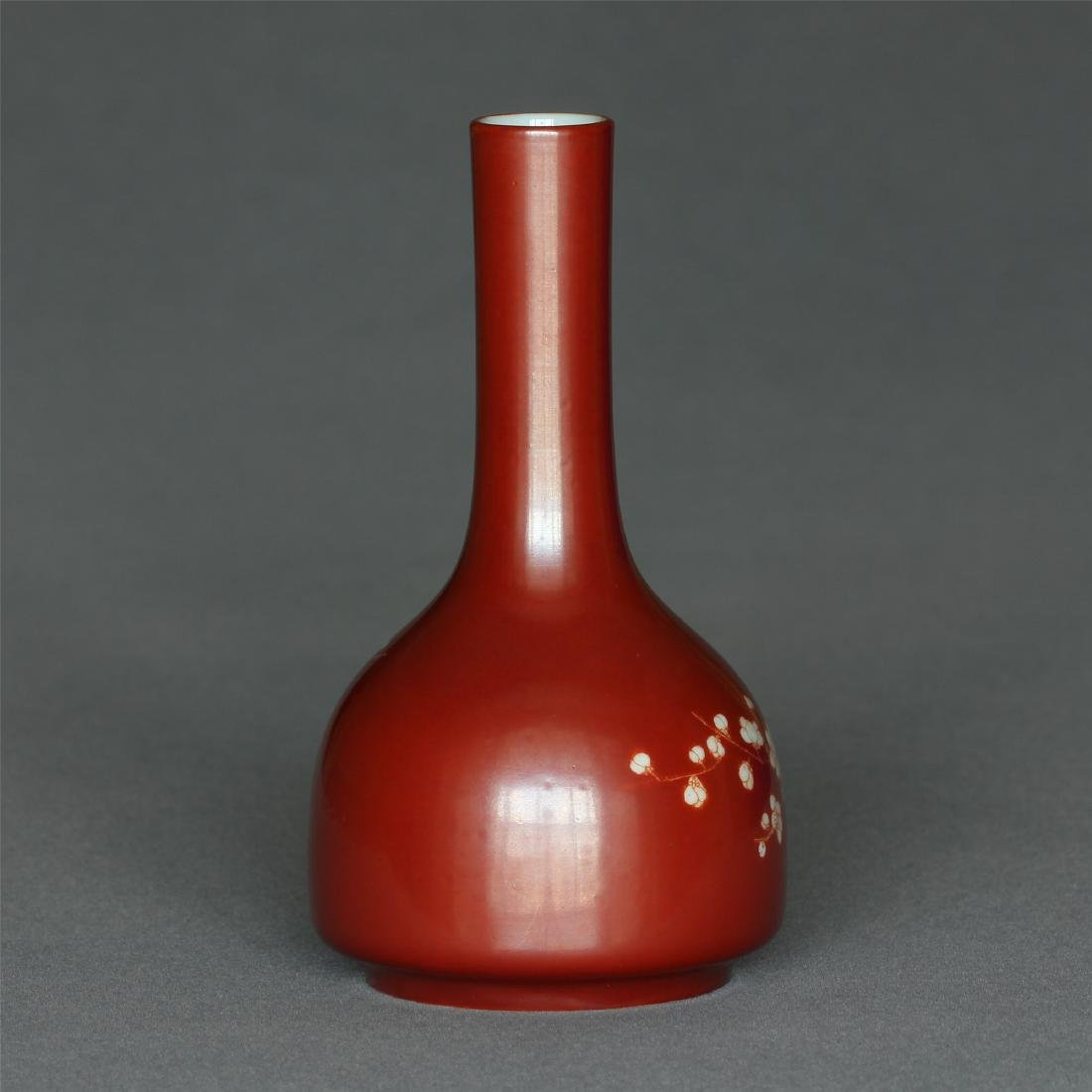 Red color porcelain small vase of Qing Dynasty - 4