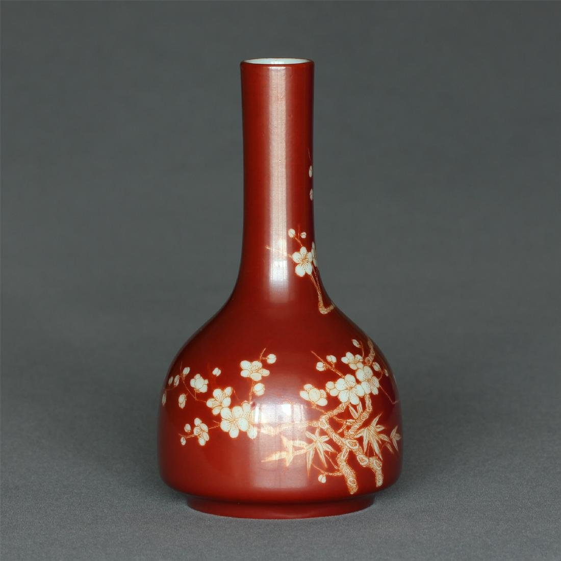 Red color porcelain small vase of Qing Dynasty - 5