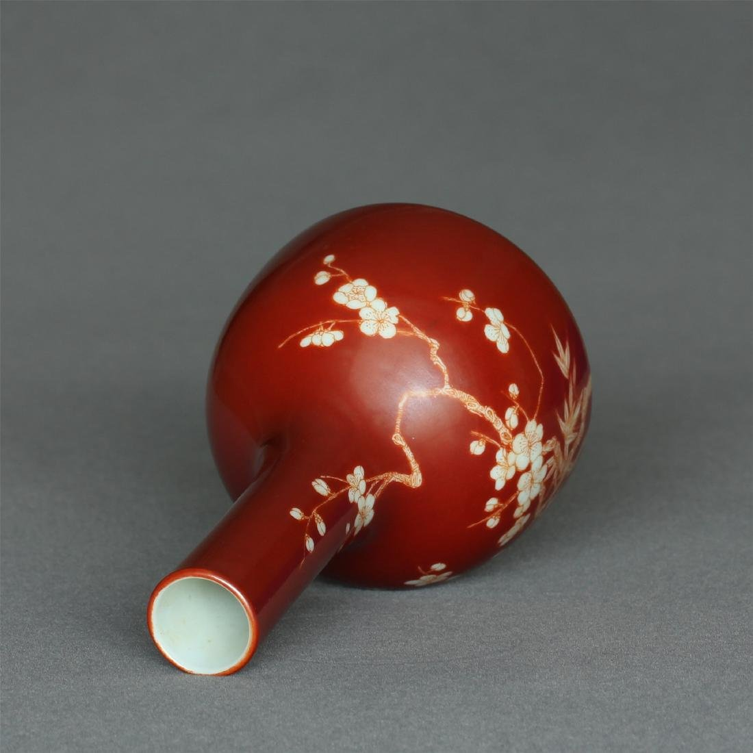 Red color porcelain small vase of Qing Dynasty - 8