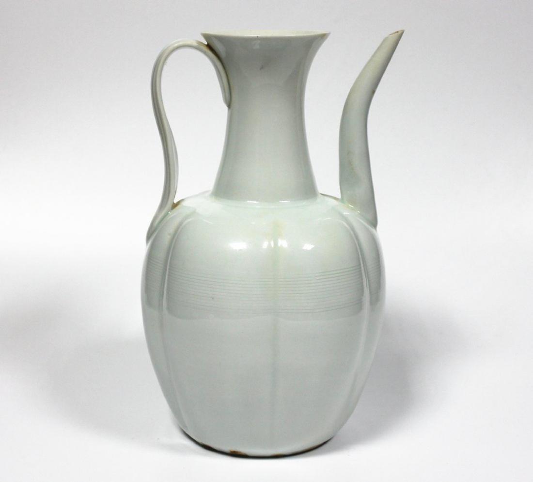 A 'HuTian-kiln' 'YingQing' Pot Estimated Ming Dynasty.