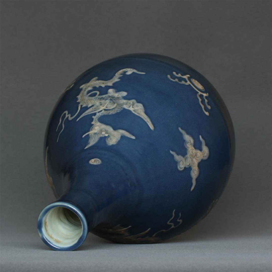 Blue glaze porcelain vase of Ming Dynasty. - 9
