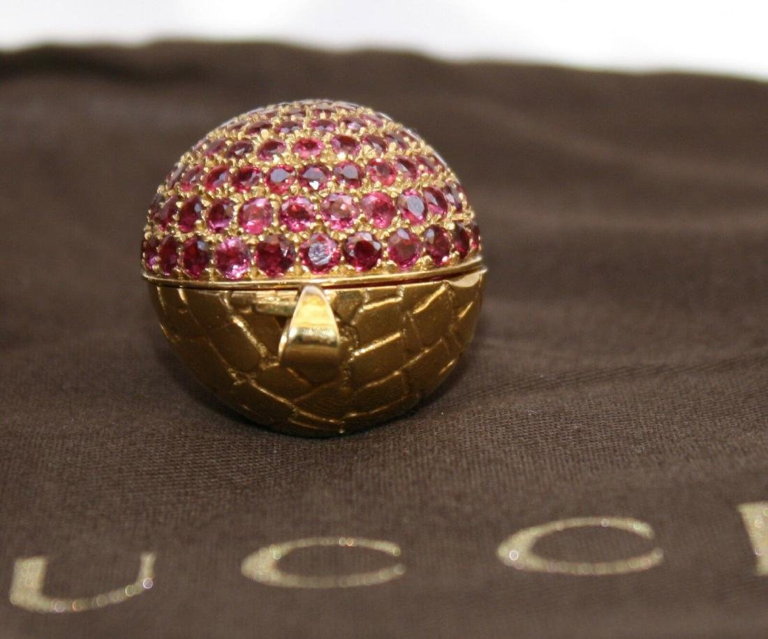 MAGNIFICENT BRAND NEW 18K GOLD RUBY GUCCI BALL NECKLACE