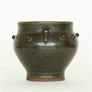 A Chinese Tea-Glaze Porcelain Jar Song Dynasty.