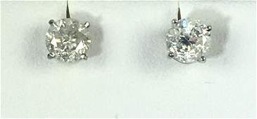 Pair Exquisite Natural Diamond White Gold Stud Earrings