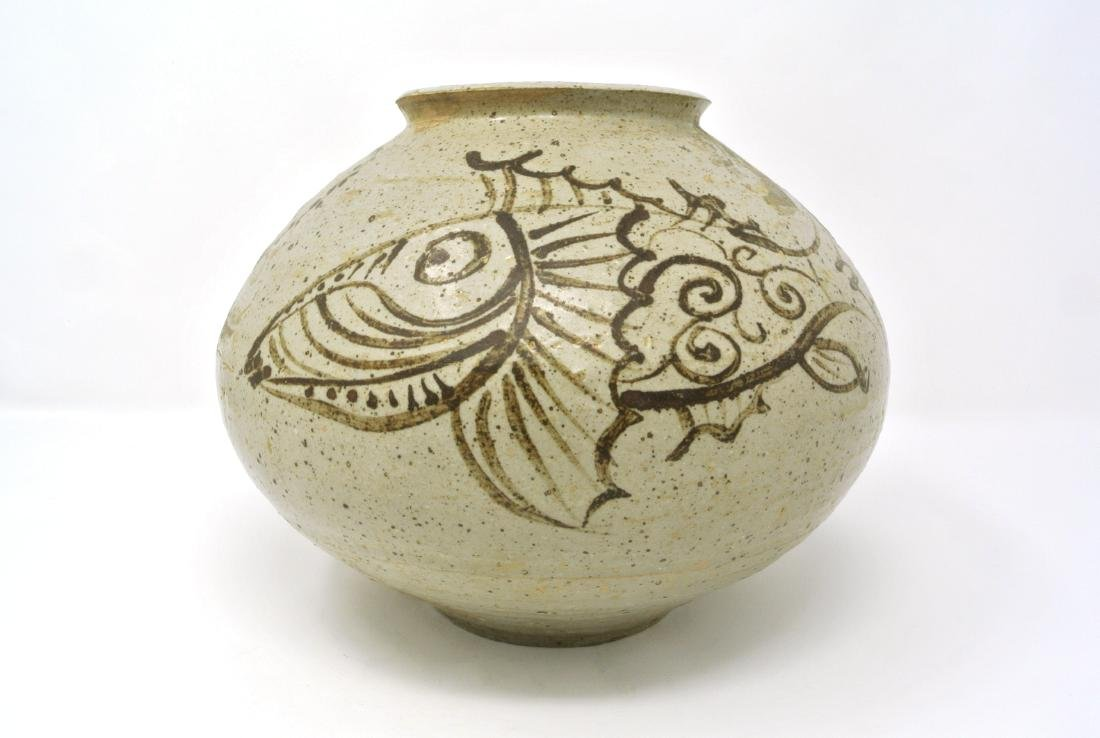 Korean Joseon Fish Design Chul Wha Vase