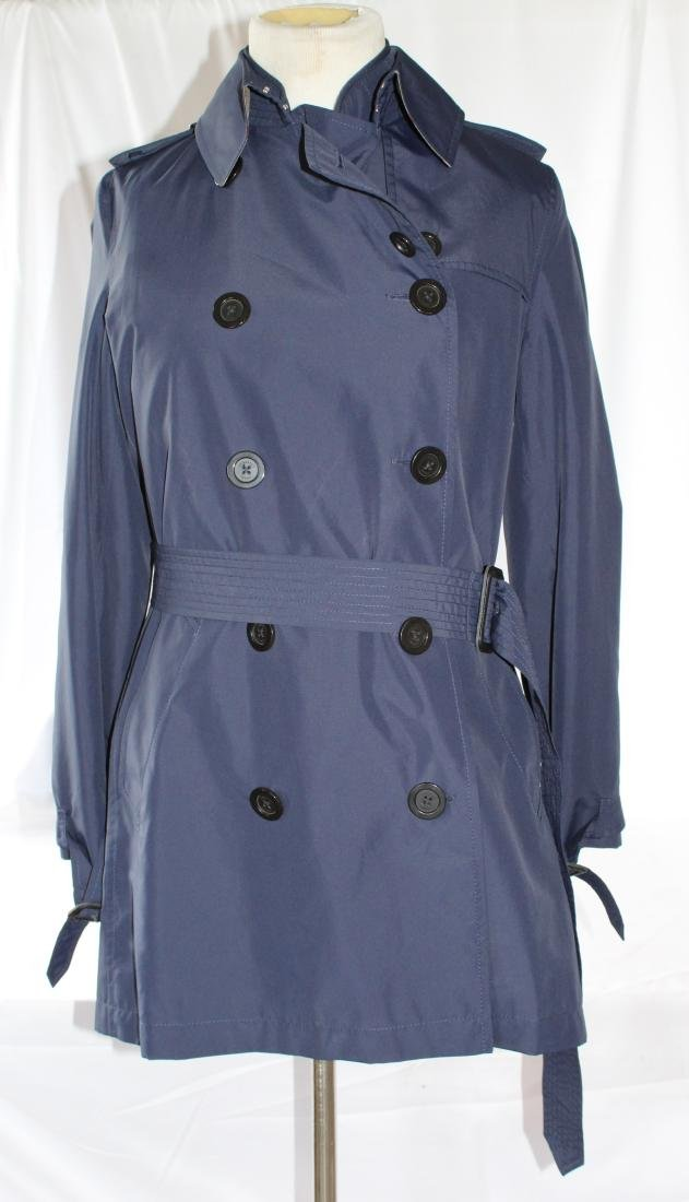 Women's Burberry Amberford Trench Coat in Size 4