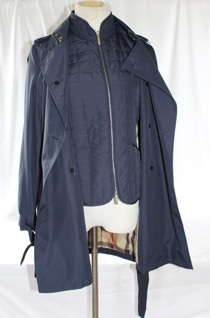 Women's Burberry Amberford Trench Coat in Size 4 - 2