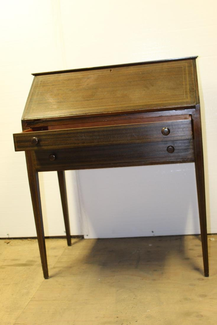 The Ardsleigh Small Secretary Desk w/ key