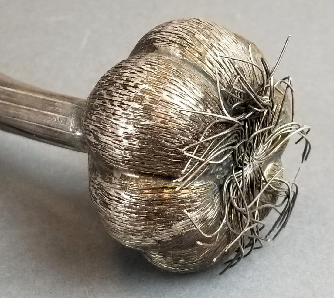 Buccellati Handamde Silver Garlic Figure - 4